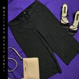 Maurices Pinstripe Pattern  Dress Capri Size 5/6